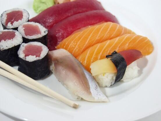 Mercury poisoning fish mercury accumulation in fish for Raw fish food poisoning