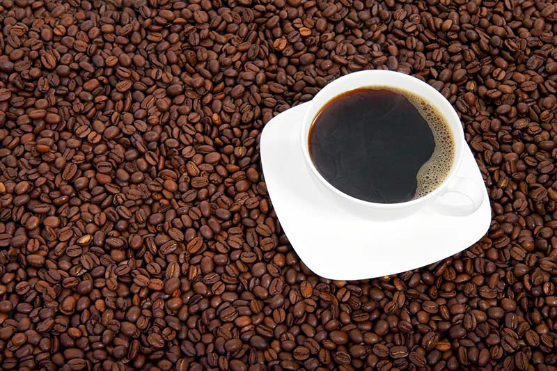 Why You Shouldn't Drink Coffee First Thing